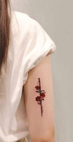 Red Ink Tattoos, Mini Tattoos, Body Art Tattoos, Tattoo Ink, Pretty Tattoos, Cute Tattoos, Beautiful Tattoos, Tatoos, Rose Tattoos For Women