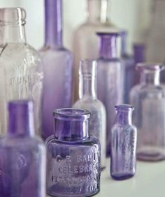 There's a beach in Brookyn that's infamous for the amount of old bottles that wash up on the shore.love old bottles Lavender Blue, Purple Lilac, Purple Glass, Shades Of Purple, Lavender Cottage, Purple Amethyst, Periwinkle, Perfumes Vintage, Vintage Perfume Bottles