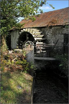 Watermill, Longdown, (southwest) England. Photo: Capt' Gorgeous, via Flickr