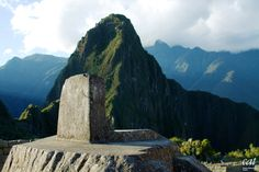 Having explored the alternative hiking routes to Machu Picchu this week; here's an interesting 'Did You Know' fact: The Intihuatana stone at #MachuPicchu is believed to have been utilized as a solar clock or calendar! #travelfacts #travel #Peru @natgeotravel @bbctravel Photo via mckaysavage