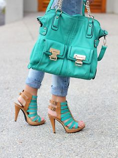 Pretty. Darn. Perfect. Is there a better color than turquoise? #hip #shoes #handbag Close? http://www.hipswap.com/womens-bags/balenciaga-first-emerald-green