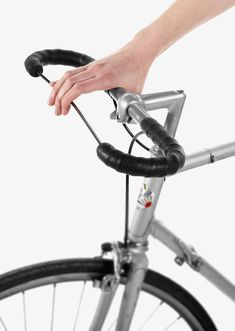 ECAL's clever bicycle accessories  cable brake - pierre bouvier  image © ECAL /nicolas genta