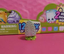 Season 2 Shopkins Individual Character green Sizzles 2-025 boy or girl Ages 3+