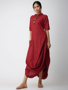 Red Cotton-linen Dress with Asymmetrical Hem Indian Designer Outfits, Designer Dresses, Linen Dresses, Cotton Dresses, Indian Dresses, Indian Outfits, Look Fashion, Indian Fashion, Linen Dress Pattern