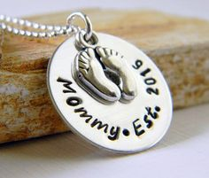 Personalized Mommy Est. Necklace Mommy Necklace by RosesDesigns