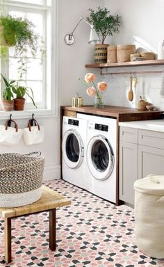 45 Inspiring Small Laundry Room Design and Decor Ideas Decoration # Small Laundry Rooms, Laundry Room Design, Ikea Laundry Room, Laundry Room Countertop, Countertop Backsplash, Laundry Decor, Laundry Area, Laundry Tips, Laundry In Bathroom