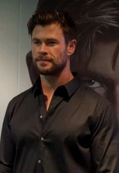 Chris Hemsworth Thor, Male Celebrities, Man Crush, Crushes, Marvel, Fictional Characters, Fantasy Characters