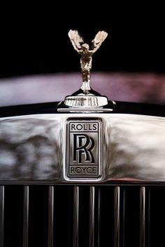 Spirit of ecstasy Rolls Royce Phantom Rolls Royce Logo, Rolls Royce Suv, Rolls Royce Black, Rolls Royce Dawn, Bentley Rolls Royce, Rolls Royce Motor Cars, Rolls Royce Wraith, Royce Car, Rolls Royce Silver Shadow