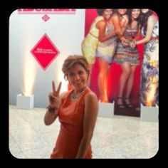 Astrid Fontenelle é mediadora de talk show  Nossa it- estilo e simpatia Astrid Fontenelle mediou um talk show para a C&A, em mais um job da Caíco de Queiroz.