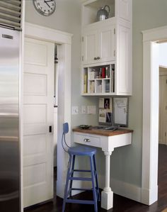 Cozy Office Space In A Kitchen Corner-Smith River Kitchens....now, if only I had a corner in my kitchen...