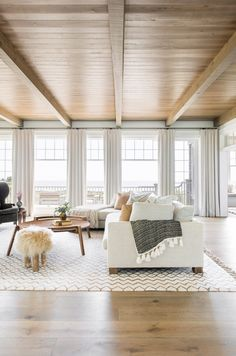 This South Carolina beach house from Cortney Bishop Design is the definition of a dream home! Beach House Tour, Beach House Decor, Beach House Interiors, The Residents, Home Interior, Interior Decorating, Beach Interior Design, Interior Plants, Interior Ideas