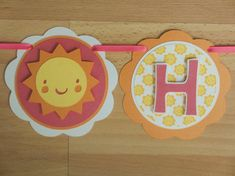 He encontrado este interesante anuncio de Etsy en https://www.etsy.com/es/listing/193959512/sunshine-sun-birthday-party-shower