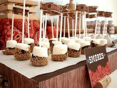 Cowboy S'mores! Looks awesome for my hubbys 30th!