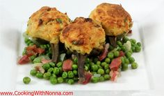 Nona's Stuffed Artichokes from Cooking with Nonna Spinach Lasagna, Gourmet Recipes, Cooking Recipes, Healthy Recipes, Skinny Recipes, Broccoli Patties, Artichoke Recipes, Stuffed Artichokes, Kitchens