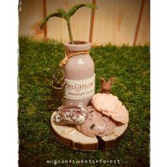 【mignon.sweets.forest】さんのInstagramをピンしています。 《#ハンドメイド #handmade #粘土細工 #粘土 #フェイクスイーツ #スイーツ #Sweets #食べられないお菓子 #作品集 #メレンゲクッキー #チョコレート #うさぎ #rabbit #ピーカンナッツ #小瓶 #花瓶 #手作り #clay #チョコ #ナチュラル雑貨  #natural #森  #バケツ》