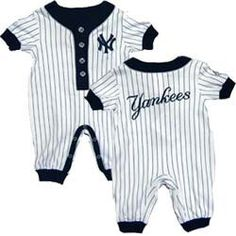 My kids will have absolutely no choice! They will be Yankees fans! Yankees Baby, Ny Yankees, Baby Boy Fashion, Kids Fashion, Baby Boy Outfits, Kids Outfits, Baby Boy Swag, Baby Girls, Baby Baker