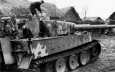 TANKS OF GERMANY. The German technicians carry out regular maintenance tank Pz. Kpfw. VI Tiger 502 heavy tank battalion. The eastern front.