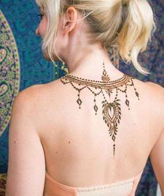 Henna tattoo back, henna arm, mehndi tattoo, back henna, henna me Mehndi Tattoo, Henna Tattoo Back, Henna Arm, Tattoo Femeninos, Back Henna, Henna Body Art, Body Art Tattoos, Mandala Tattoo, Tattoo Skin