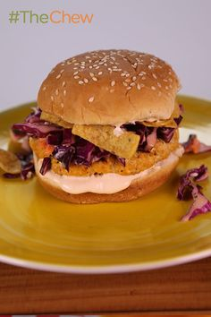 Craving a little heat on your burger? Try Daphne Oz's Buffalo Chicken Burger for extra zing!