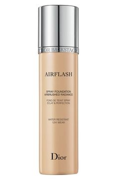 Discover Diorskin Airflash by Christian Dior available in Dior official online store. Videos, Spray foundation tutorials and beauty tips on Dior website. Dior Foundation, Best Foundation, Christian Dior, Dior Makeup, Face Makeup, Makeup Box, Sephora Makeup, Makeup Geek, Makeup Tools
