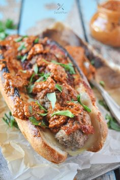 Easy meatball sub recipe that calls for only 5 ingredients and 10 minutes of your time. Wrap up this satisfying meal with a few leftover meatballs. Lunch Recipes, Crockpot Recipes, Soup Recipes, Vegetarian Recipes, Dinner Recipes, Healthy Recipes, Drink Recipes, Healthy Food, Meatball Sub Recipe