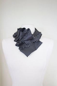 Aster Necktie Ruffle Collar Black White Candy от lilianasterfield