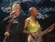Gail Ann Dorsey - - - BEST bass player - - - Bowie, Lenny Kravtiz, and many others think so, too!  Enjoy!