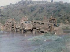 Romeo Mike Teams often got stuck in the Shoshonas during the rainy season if they weren't careful, leaving them exposed to enemy attack. South African Air Force, Army Vehicles, Armored Vehicles, Army Day, Defence Force, Military Service, Modern Warfare, Vietnam War, Special Forces