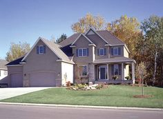 Details to the design make this 4 bedroom home a luxury to live in.  Luxury House Plan # 481005.