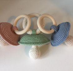 """Hæklet sutterangle/ Crochet Babyrattle Opskrift under udarbejdelse. #hækle #hæklet #hækling #crochet #crochetting…"""""""