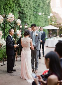 Romantic Outdoor Wedding at Franciscan Gardens  Read more - http://www.stylemepretty.com/little-black-book-blog/2014/03/25/romantic-outdoor-wedding-at-franciscan-gardens/