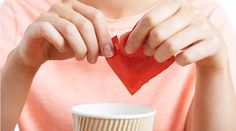 Learn if Splenda (sucralose) can cause cancer, what the studies say, and what you should know about this artificial sweetener. Internet Hoaxes, Healthy Sport, Healthy Tips, Healthy Eating, Healthy Weight, How To Stay Healthy, Clean Eating, Diabetes, Sugar Alternatives