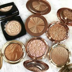 10 Best High End Makeup Brands Worth Your Money - 2019 Highlighter Makeup, Skin Makeup, Highlighters, Gold Makeup, Candy Makeup, Makeup Brands, Best Makeup Products, Beauty Products, Make Up Palette
