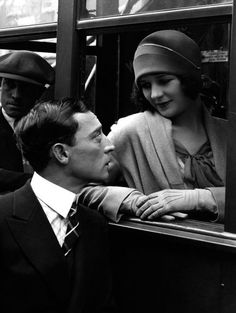 Marceline Day & Buster Keaton (The Cameraman, 1928)
