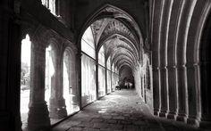 Claustro de la catedral de Avila, Spain