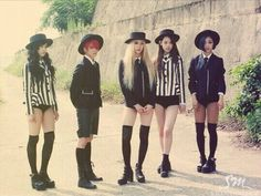 f(x) Red Light really want to make those striped jackets!!!