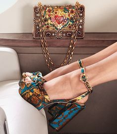 Image 2 of Dolce & Gabbana Floral Jacquard Platform SandalsYou can find Dolce & gabbana and more on our website.Image 2 of Dolce & Gabbana Floral Jacquard Platform Sandals Look Fashion, Fashion Shoes, Fashion Outfits, Womens Fashion, Club Fashion, 1950s Fashion, Cute Shoes, Me Too Shoes, Mode Hipster