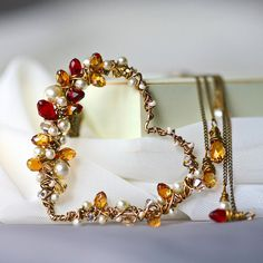 Pearls Burgundy and Champagne Crystal and Brass от Mayahelena, $96.00