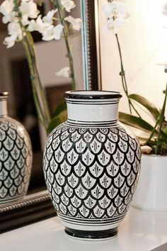 Tine K ceramic vase to die for. I'm ordering this ASAP!