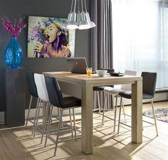 Idée : pourquoi ne pas aménager un coin repas avec une table de bar, pour partager un encas sur le pouce ? Exemple avec la collection Buckley (by H&H Créateur de meubles).
