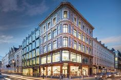 Oxford and Richemont buy New Bond Street property for €229m (GB)