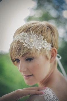 Brides with short hair? Yes, it is true!