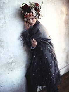 Franzi Mueller by Benjamin Vnuk for Elle Sweden January 2014 | The Fashionography