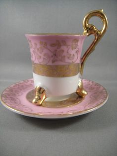 The feet on this demitasse are so unique