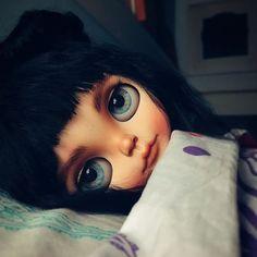 Blue dreams  #erregiro #erregirodolls #bigeyes #blythe #doll #boneca #muñeca #custom #blythedoll #carving #poupée #makeup #sculpt #maquillaje #instadoll #haircut #手首 #ブライズ #fashion #moda #ブライスドール #art #diseño #design #instablythe #arte #arttoy #toy #london #fairytale
