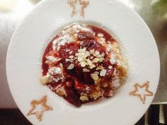 """See 20 photos and 10 tips from 73 visitors to Vegetarisches Restaurant Kraut & Rüben. """"It's amazing food amazing tasty,, don't miss the Rizzuto with. Vegan Food, Vegan Recipes, Learn Chinese, Salzburg, Kraut, Bad, Oatmeal, Pudding, Tasty"""