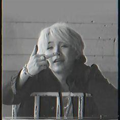 Jungkook Abs, Kim Taehyung Funny, Min Yoongi Bts, Min Suga, Foto Bts, Bts Group Picture, Min Yoonji, Bts Dancing, Bts Aesthetic Pictures