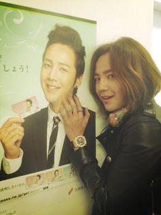 @AsiaPrince_JKS:2013.3.12 Twitter あ~~~おやぶんだ!!!オレもみついすみとものカードつかっているよん~