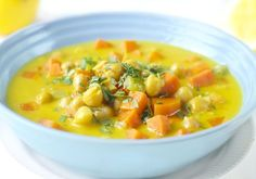 Kikertgryte med kokos Chickpea Stew, Veg Recipes, Cheeseburger Chowder, Food Inspiration, Thai Red Curry, Nom Nom, Food And Drink, Health Fitness, Soup