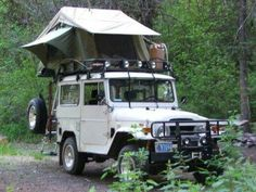 DiamondRax Rear-Opening Rooftop Tent Racks
